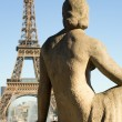 Statue of woman at the Trocadero — Stock Photo