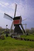 Pittoreske oude windmolen in de netherl — Stockfoto