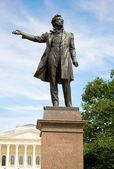 Staty av alexander pusjkin — Stockfoto
