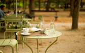 Street cafe in the Luxembourg garden — Stock Photo