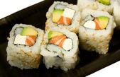 California rolls na talerzu — Zdjęcie stockowe