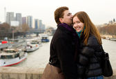 Happy loving couple in Paris — Stock Photo