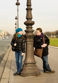 Happy loving couple in Paris having fun outdoors — Stock Photo