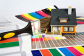 Colouring of the house by a paint. — Stock Photo