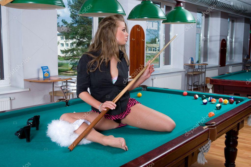 billiardspielen