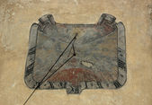 Old Sundial on ragged wall — Stock Photo