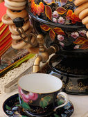 Samovar with bagel — Stock Photo