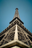 Eiffel tower from the ground — Stock Photo