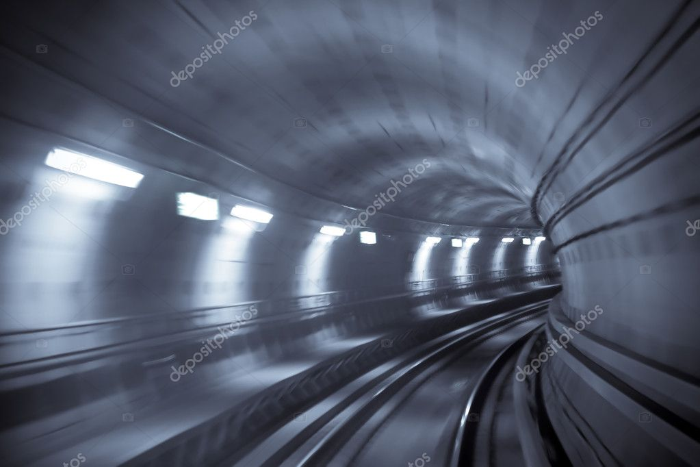 Blurred motion in metro tunnel. Copenhagen metro — Stock Photo #1106303