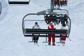 在缆车上滑雪胜地 — 图库照片