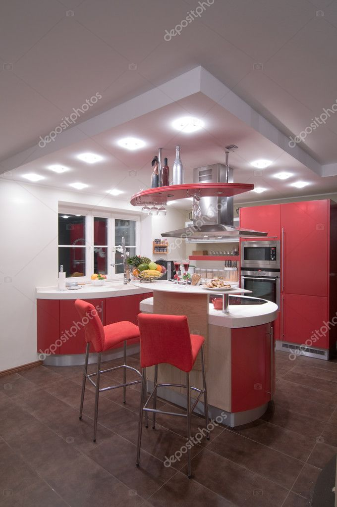 Red modern kitchen. Interiors. Cupboard. Table top. — 图库照片 #1709655