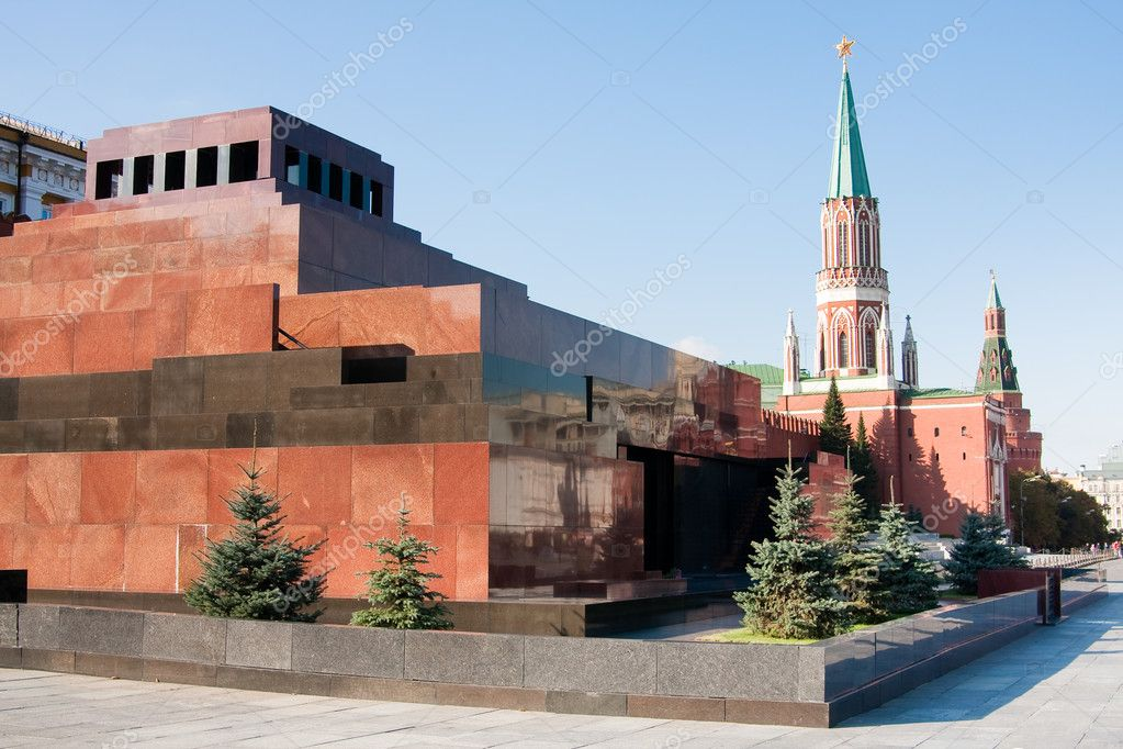 Mausoleum on the Red Square in Moscow, Russia — Stock Photo #1078899