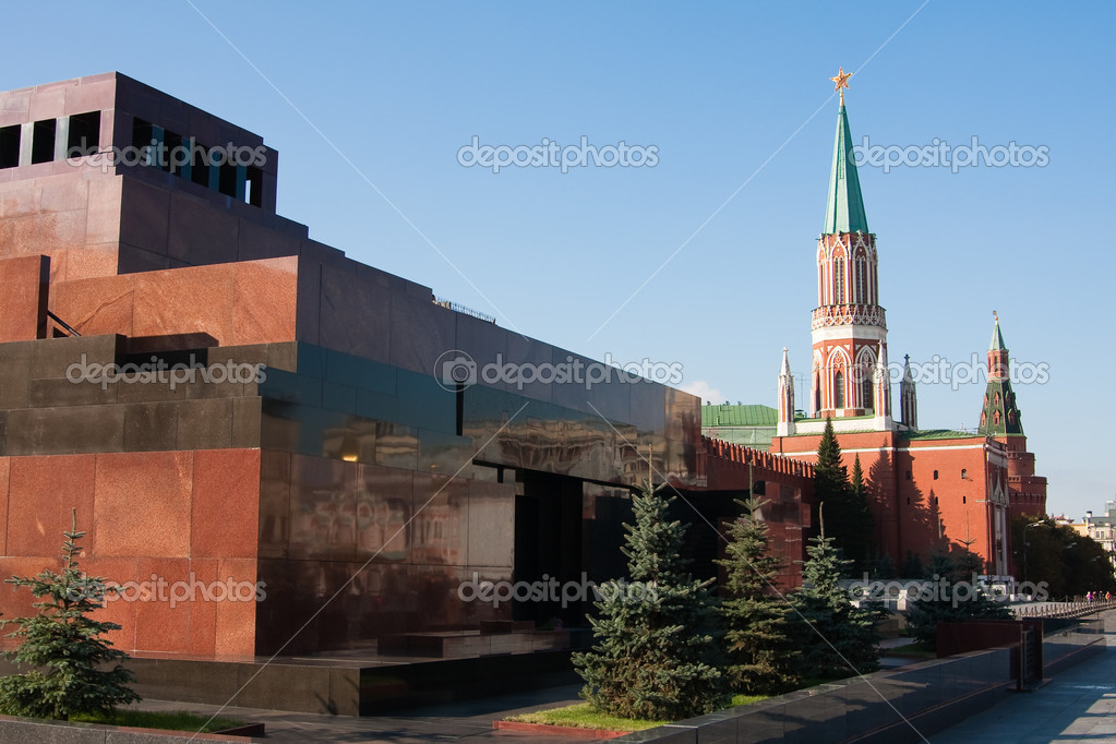 Mausoleum on the Red Square in Moscow, Russia — Stock Photo #1230644