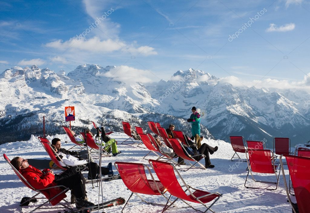 Ski resort Madonna di Campiglio. Italy — Stock Photo #1367230