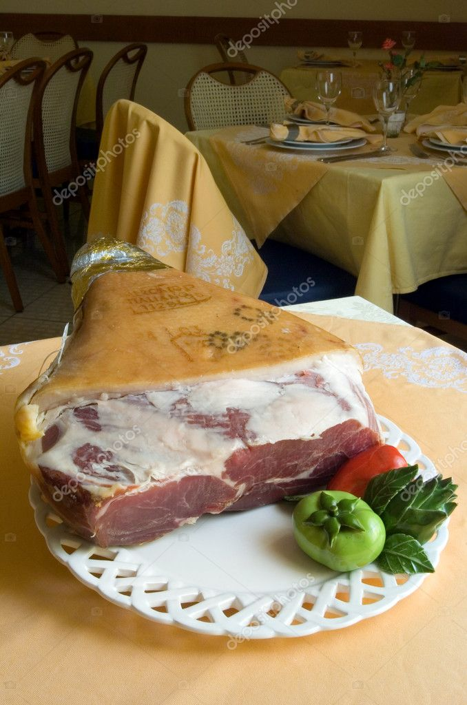 Baked ham  — Stock Photo #1189357