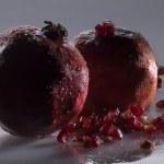 Two pomegranates — Stock Photo