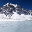 Icy lake and snow mountain, Himalaya, Ne — Stock Photo