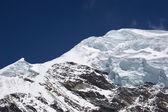 Camadas de gelo no cume da montanha, himala — Fotografia Stock