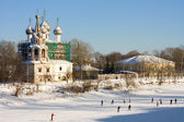 Church on river bank in the winter — Стоковое фото