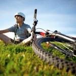 Mountain biker. — Stock Photo