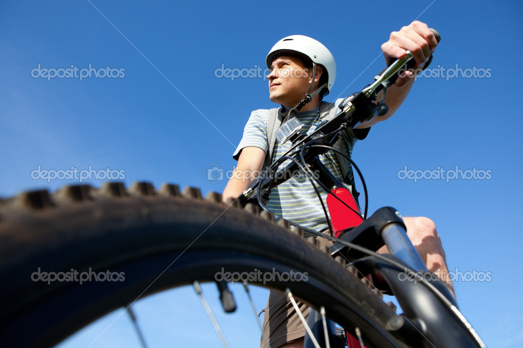 Men on mountain bike. — Stock Photo #1354617