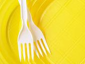 Assiettes jetables jaunes — Photo