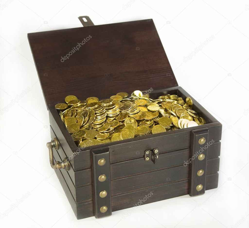 Piracy chest with gold coins on a white background — Stock Photo #1196244