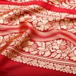 Indian sari with pleats clouse up — Stock Photo #1091941