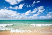 Beautiful beach and sea — Fotografia Stock