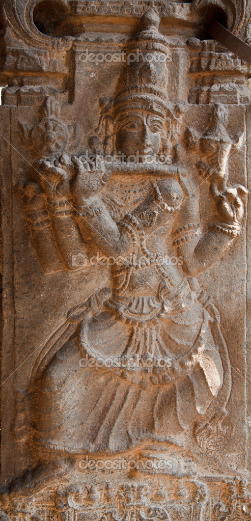 Bas relief in ancient Hindu temple depicting Krishna. Varadaraja temple, Kanchipuram, Tamil Nadu — Stock Photo #1091770