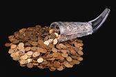 Vidro cristal e moedas pequenas — Fotografia Stock