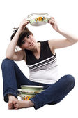 The mad housewife with saucepan. funny p — Stock Photo