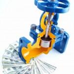 Pipeline armature against money — Stock Photo