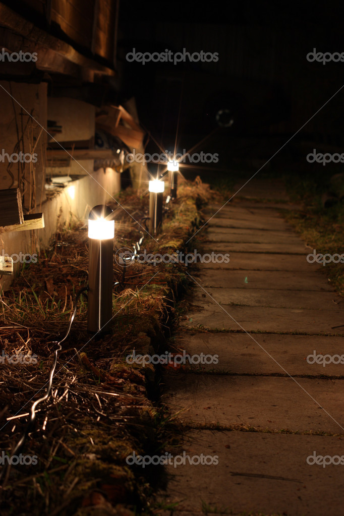 The night illumination of the cottage, dacha. — Stock Photo #1122215