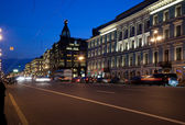 Nevskiy prospekt at night — Stock Photo