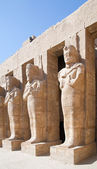 Statues in Karnak temple — Stock Photo