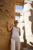 Tourist against Karnak Temple — Stock Photo