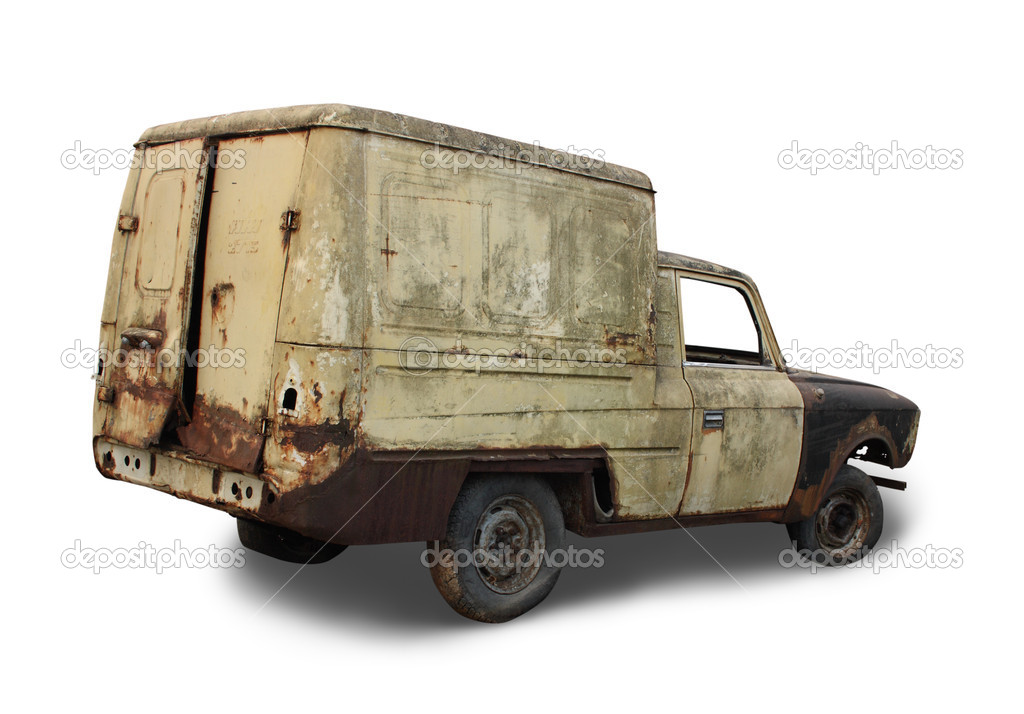 Old rusted torched car. Isolated over white — Foto Stock #2178163