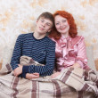 Mother and her teen son — Stock Photo