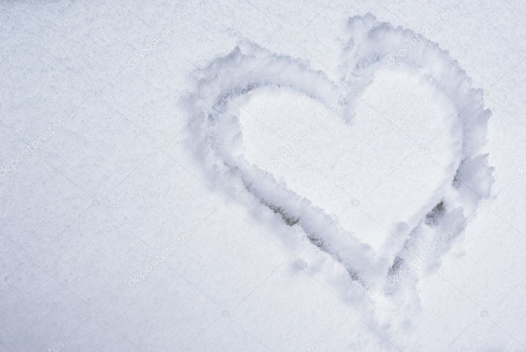 Heart on the snow. Element of design. — Stock Photo #1627395