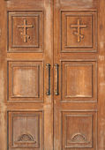 Church entrance - wooden doors — Stok fotoğraf