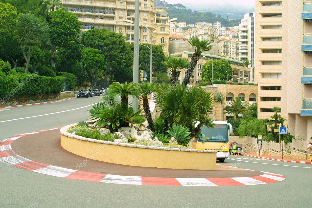 Famous Formula One hairpin (Grand Hotel Hairpin) in Monte Carlo — Stock Photo #1107640