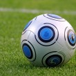 bola de futebol de close-up — Foto Stock