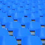 blau leeren stadion sitzplätze — Stockfoto