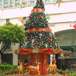 Decorated newyear-tree in Singapore — Stock Photo