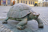 Bronze turtle at Upper Square in Olomouc — Stok fotoğraf