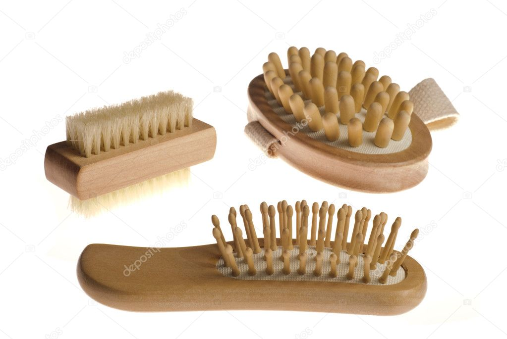 Bath anti-cellulitis spa massage kit with comb, brush and hairbrush isolated on white background.  — Stock Photo #1921457