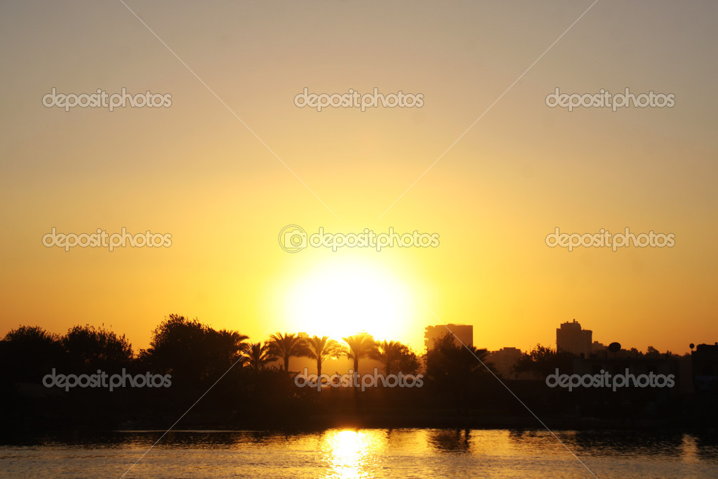 Cairo from the river Nile bridge Sunset — Stock Photo #1530468