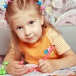 The girl draws — Stock Photo #1175929