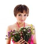 かわいい女の子の野生の花 — ストック写真
